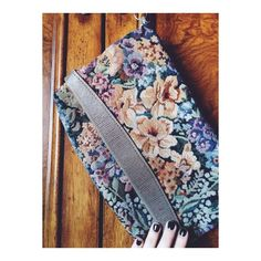 Vintage floral clutch Beautiful clutch. Opens from the top and where the zipper is! Bags Clutches & Wristlets
