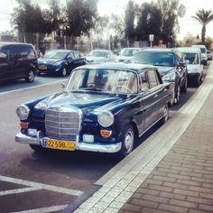Spotted this old Mercedes W110 in Be'er Sheva. #israel #old #mercedes #w110 #beersheva #beautiful #sexii
