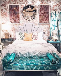 Florence Broadhurst collection from Selamat. Furniture Showroom, Art Deco Furniture, Showroom Ideas, Shabby Chic Bedrooms, Shabby Chic Homes, Turquoise Sofa, Pillow Inspiration, Bedroom Inspiration, Florence Broadhurst