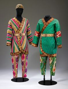 Ballet Russe costumes for Polovetsian Warriors in Prince Igor, designed by Nicholas Roerich (October 1874 – December Theatre Costumes, Ballet Costumes, Dance Costumes, Nicholas Roerich, Russian Ballet, Beautiful Costumes, Modern Dance, Victoria And Albert Museum, Fashion Outfits