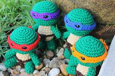 Teenage Mutant Ninja Turtles by Little Treasures By Nancy - I don't knit, but these are just too cute! <3