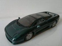 Jaguar XJ220 1/24