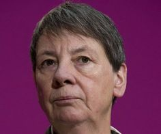 Немачка министарка лезбејка противницима гасила цигарете по телу - http://www.vaseljenska.com/vesti/nemacka-ministarka-lezbejka-protivnicima-gasila-cigarete-po-telu/
