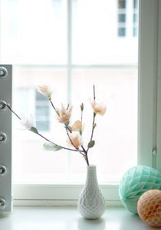 DIY paper flowers | sakura, cherry blossom | Photo: Jenni Rotonen / Pupulandia