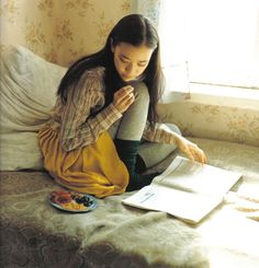 Mori Girl: fashion and lifestyle of girls in the forest. Japanese street fashion and style blog.: Featured Mori Girl: Yu Aoi