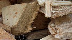 Beim Wachsen nimmt ein Baum soviel CO2 auf, wie er später bei der Verbrennung wieder abgibt. Heizen mit Biomasse gilt daher als CO2-neutral. Lediglich Faktoren wie Verarbeitung und Transport des Brennstoffs schlagen sich in der Klimabilanz zu Buche. Und das in einem sehr geringen Maß. Über die verschiedensten Möglichkeiten zentral mit Holz zu heizen, wie beispielsweise mit Scheitholz, Pellets oder Hackgut informieren wir Sie gerne. Co2 Neutral, Tree Structure, Home Technology