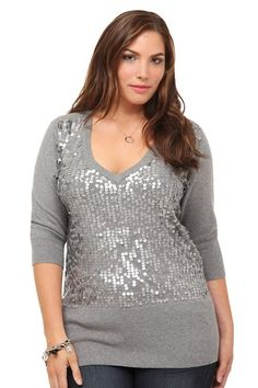 Dressing options for regular size are more than women who are a plus size, but today a plus size woman has many options and does not need to compromise on quality, size or style.