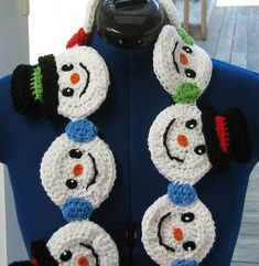 Ravelry: Snowman Heads Scarf pattern by Donna Collinsworth