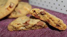 Ja, jag bakade ju lite igår eftermiddag också... Och det blev lite mjuksega cookies med daim och vit choklad. Riktigt goda! Rekommenderas va...