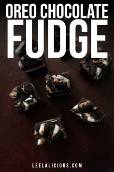 Who doesn't like some good ol' Oreo cookies, especially when they are spiked with peanut butter and sunk into soft chocolate fudge. Oreo Flavors, Ice Cream Flavors, Chocolate Cream, Chocolate Fudge, Chocolate Fridge Cake, Homemade Truffles, Blueberry Ice Cream, Crumble Topping, Fudge Recipes