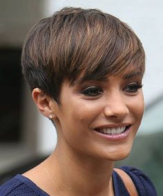 Short cut cut for short hair hairstyle of f. Natural Hair Highlights, Dyed Natural Hair, Natural Hair Twists, Natural Hair Styles, Short Hair With Bangs, Short Hair With Layers, Girl Short Hair, Pixie Hairstyles, Short Hairstyles For Women