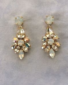 Wedding Bridal Rhinestone Cluster Diamond-shaped Chandelier Dangle Statement Earrings, Gold Color