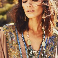 Gorgeous editorial in Departures styled by the talented Featuring gorgeous in our Peruvian + Australian Opal necklace and Keshi pearl earrings. Perfect mood for this Friday afternoon. Opal Necklace, Turquoise Necklace, Pearl Earrings, Australian Opal, Keshi Pearls, Storyboard, Editorial, Bloom, Friday