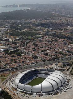 Arena das Dunas / Populous