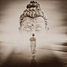 devoted to images of Buddhism. Art Buddha, Buddha Zen, Buddha Painting, Gautama Buddha, Pagoda Temple, Meditation Art, Yoga Art, Buddha Tattoos, Buddhist Art