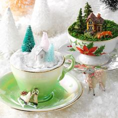 teacup display Christmas Table Decorations, Holiday Tables, Christmas Decor, Tea Cup Display, Winter Crafts For Kids, Winter Ideas, Glitter Ornaments, Fairy Garden Accessories, Christmas Cards To Make