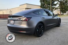 Model 3 Wrapped in Satin Dark Gray Vinyl Wrap Colors, Car Paint Colors, Car Colors, Tesla Motors Model S, Tesla Model X, Matte Cars, Vinyl Wrap Car, Lexus Es, Sombre