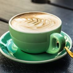 First task of the day: coffee.  monday brunch and lunch and coffee shop time with a green coffee - www.sipbitego.com