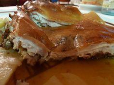 Uno de los platos más delicados y sabrosos de la cocina castellana. Gastronomía de la buena para las fechas navideñas. Una mesa de gourmet con sabor muy español.