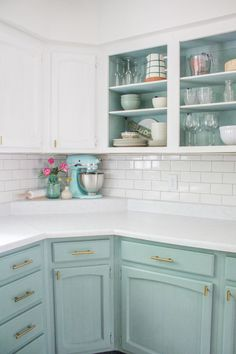 Private Facts About Two Tone Kitchen Cabinets Farmhouse Paint Colors Only th. Private Facts About Two Tone Kitchen Cabinets Farmhouse Paint Colors Only the Pros Know Exist - walmartbytes, Two Tone Kitchen Cabinets, Farmhouse Kitchen Cabinets, Kitchen Redo, Soapstone Kitchen, Open Cabinet Kitchen, Painted Kitchen Cabinets, Kitchen Layout, Kitchen Backsplash, Kitchen Corner