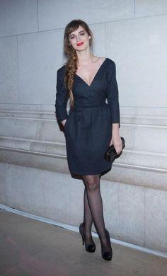 Louise Bourgoin en Louis Vuitton