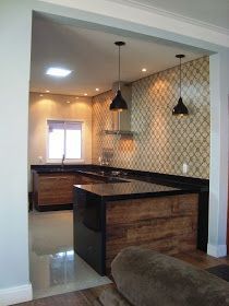 A casa da Mi: A cozinha completa! Kitchen Room Design, Modern Kitchen Design, Living Room Kitchen, Interior Design Living Room, Kitchen Decor, Modern Kitchen Cabinets, Kitchen Flooring, Sweet Home, Beautiful Kitchen Designs