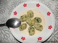 Am Gründonnerstag gibts: Spinatgnocchi mit Parmesansoße