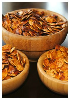 Roasted Pumpkin Seeds- easy recipe with different flavors!! #thanksgiving #pumpkin #givethanks #autumn #fall #happythanksgiving #holidayplanning #harvest #thanksgivingrecipes #thanksgivingdecor #thanksgivingcrafts www.gmichaelsalon.com