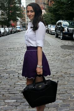 The College Prepster in Annie Griffin Collection's scalloped Chelsea skirt!
