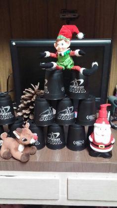 stackin elf-sweetctooth-elf on shelf