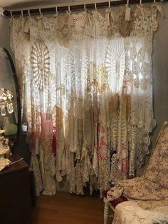 Re-loved Vintage And Shabby Chic Furniture those Furniture Home Decor Thrift Sto. - Re-loved Vintage And Shabby Chic Furniture those Furniture Home Decor Thrift Sto… – now. Shabby Chic Mode, Shabby Chic Interiors, Shabby Chic Style, Shabby Chic Furniture, Shabby Chic Decor, Vintage Decor, Shabby Chic Garland, Furniture Vintage, Shabby Vintage
