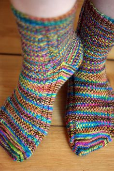 Aquaphobia Socks - a cool knit sock pattern using hand-painted yarns. Love it! http://domesticatedhuman.com/patterns/aquaphobia-socks/