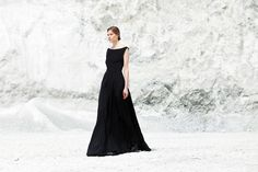 classic ball gown photography by Verena Mandragora Minimalist Fashion, Ball Gowns, Formal Dresses, Classic, Photography, Fashion Design, Women, Ball Gown Dresses, Formal Gowns