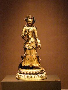 Antique  chinese figurine Musee Cernuschi  in  Paris