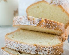 Persimmon Pound Cake Recipe by Anne Dolce Sin Gluten, Easy Vanilla Cake Recipe, Pound Cake Recipes, Cake Ingredients, Hot Dog Buns, Food Inspiration, Baked Goods, Bakery, Good Food