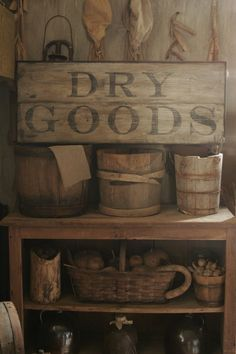 primitive 19 home decorating ideas DRY GOODS sign would look great on the door to pantry #PrimitiveHomes
