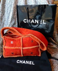 Absolutely authentic suede, shearling/Mouton fur Chanel bag.  THERE IS NO AUTHENTICITY CARD TO ACCOMPANY THIS.