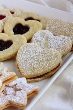 Christmas Cooking, Doughnut, Bakery, Cookies, Desserts, Recipes, Food, Crack Crackers, Tailgate Desserts