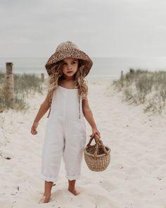 Little Fashion, Baby Girl Fashion, Toddler Fashion, Kids Fashion, Little Girl Outfits, Toddler Outfits, Cute Kids, Cute Babies, Shotting Photo