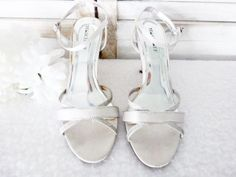 Ladies Shoes Mischief Size 10 Silver Wedding/Formal Heels Strappy - PL698