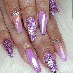 💜😍 Fade, white chrome, glitter, sugar nail and swarovski! Purple Acrylic Nails, Purple Nail Art, Purple Nail Designs, Best Acrylic Nails, Nail Art Designs, Purple Chrome Nails, Purple Glitter Nails, Chrome Nails Designs, Ombre Nail