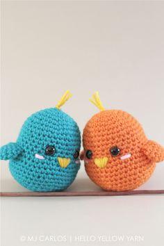 Lieve schattige lovebirds gemaakt door Hello Yellow Yarn. Het gratis haakpatroon vind je op Freubelweb.