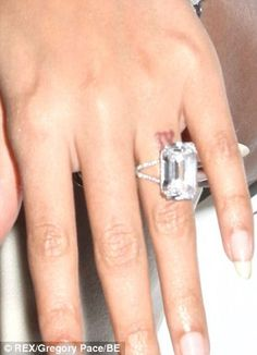 Beyonce and Jay-Z have discreet 'IV' tattoos on their wedding ring fingers