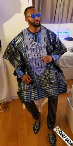 Hello,Today we bring to you Agbada Outfits for men from Our African Fashion community. These Agbada African Dresses Men, African Shirts, African Attire, African Wear, African Inspired Fashion, African Men Fashion, Mens Fashion, Costume Africain, African Traditional Wear