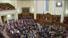 Ucrania y Europa firman su acuerdo de asociación en una sesión simultánea de sus dos parlamentos