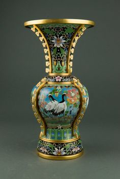 Lot:Ornate Chinese Bronze Cloisonne Vase Painted Crane, Lot Number:424, Starting Bid:C$500, Auctioneer:888 Auctions, Auction:Ornate Chinese Bronze Cloisonne Vase Painted Crane, Date:09:00 AM PT - Aug 15th, 2013
