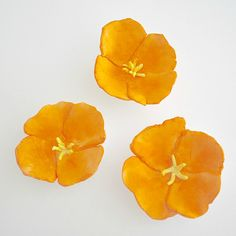 Textured tissue paper flowers · kid craft: california poppy magnets~ buggy and buddy Paper Flowers For Kids, Tissue Paper Flowers, Arts And Crafts For Teens, Crafts For Kids, Diy Crafts, Tape Crafts, Homemade Crafts, Cool Diy, Daffodil Craft