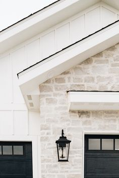 House Paint Exterior, Dream House Exterior, Exterior House Colors, Exterior Design, Garage Exterior, Garage Doors, Entry Doors, Exterior Paint Colors For House With Stone, Exterior Paint Ideas