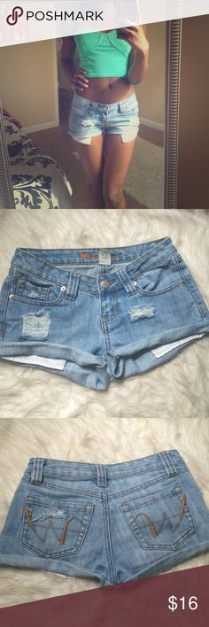 ☀️Summer16 ☀️Light wash shorts Summer16☀️ shorts made by me. Distressed DIY. Fits a 24 inch waist. No flaws. Are in great condition. Will be perfect to wear this summer with a beautiful crop top or bathing suit Wet Seal Shorts Jean Shorts