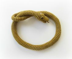 Crocheting with Cotton threads...its more fun in the Philippines!: Snake Amigurumi Neckpiece